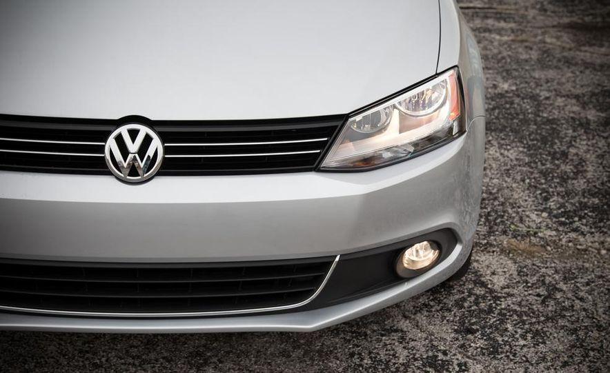 2013 Volkswagen Jetta GLI and TDI - Slide 96