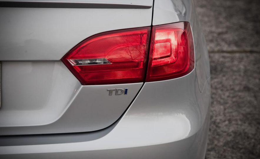 2013 Volkswagen Jetta GLI and TDI - Slide 98