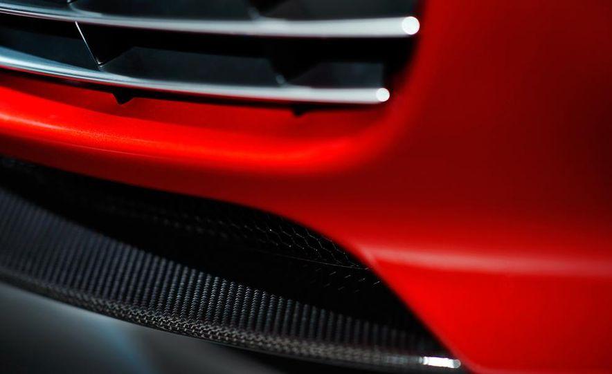 2014 Aston Martin Rapide S - Slide 16