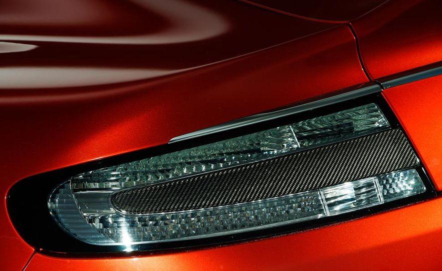 2014 Aston Martin Rapide S - Slide 13