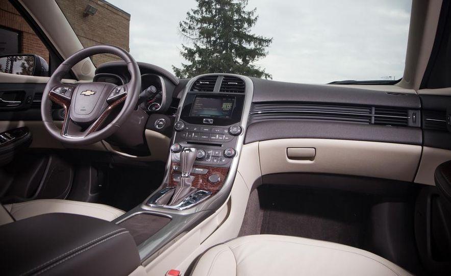 2013 Chevrolet Malibu 2LTZ - Slide 11