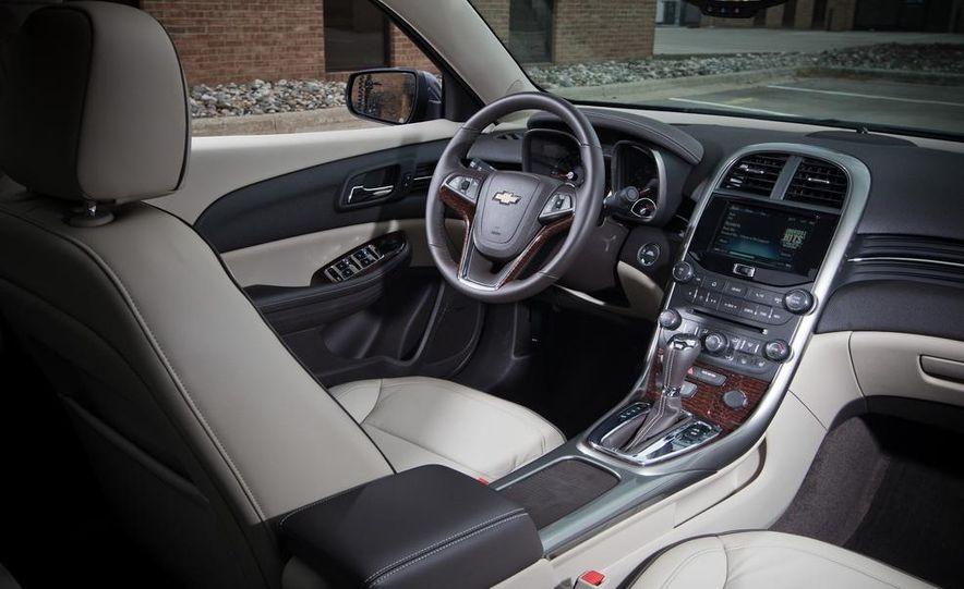 2013 Chevrolet Malibu 2LTZ - Slide 12
