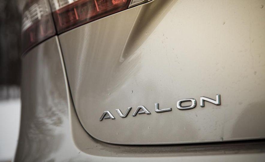 2013 Toyota Avalon Limited - Slide 22