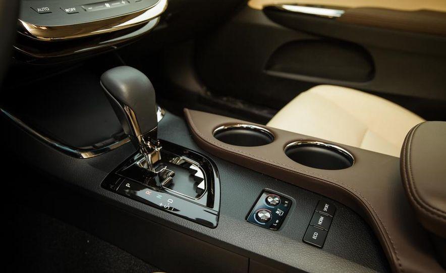 2013 Toyota Avalon Limited - Slide 37
