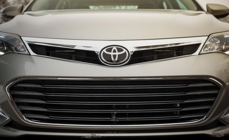 2013 Toyota Avalon Limited - Slide 15