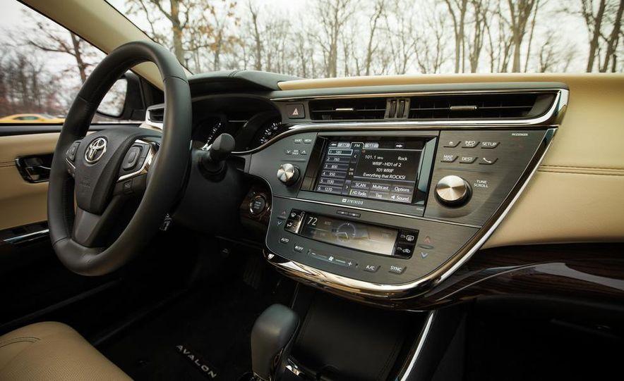 2013 Toyota Avalon Limited - Slide 28