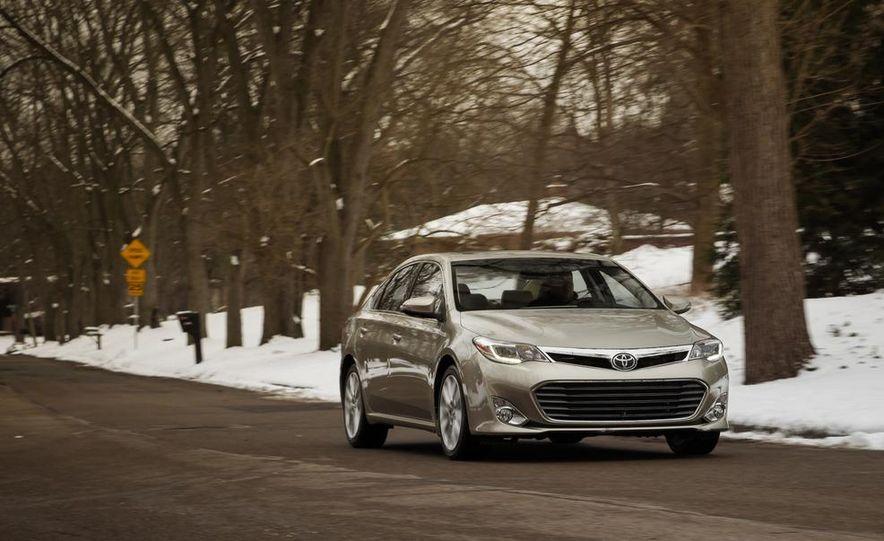 2013 Toyota Avalon Limited - Slide 5