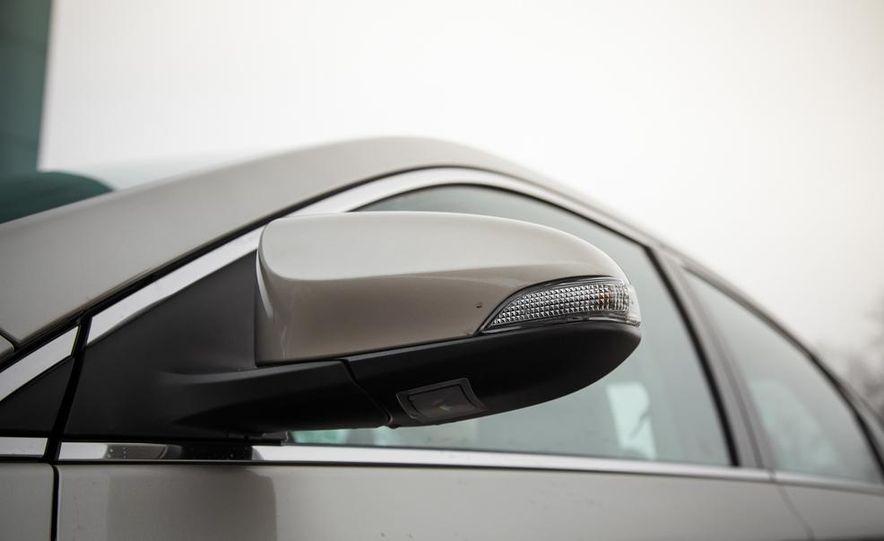 2013 Toyota Avalon Limited - Slide 19