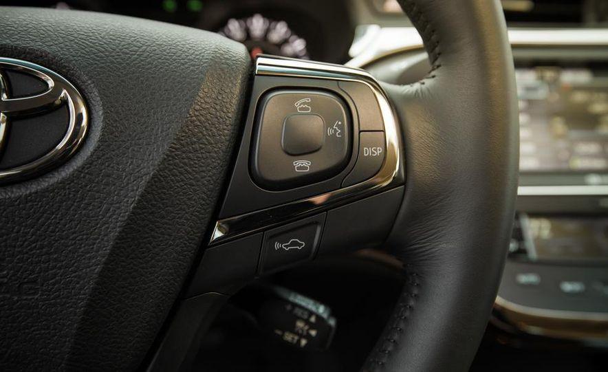 2013 Toyota Avalon Limited - Slide 31