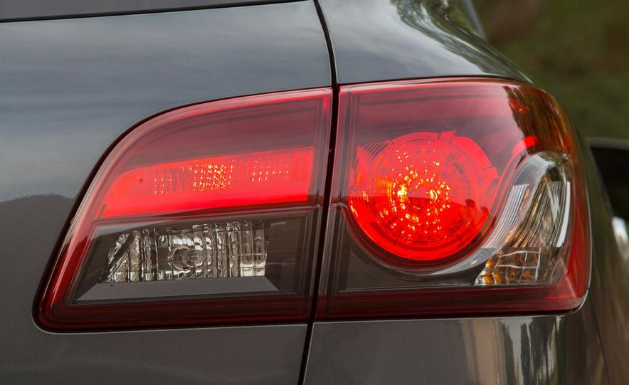 2013 Mazda CX-9 AWD - Slide 11