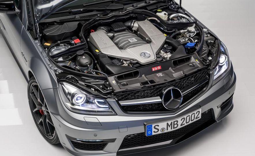 2013 Mercedes-Benz C63 AMG Edition 507 - Slide 20