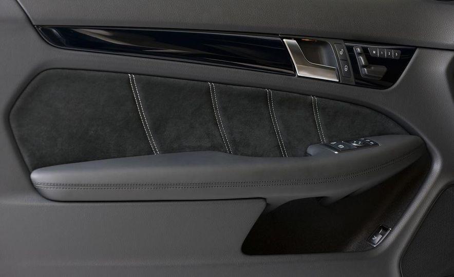 2013 Mercedes-Benz C63 AMG Edition 507 - Slide 18