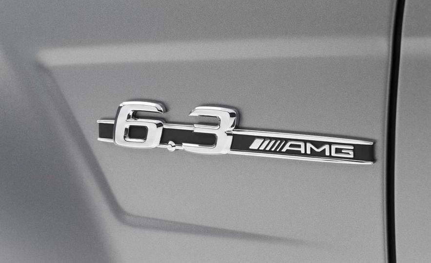 2013 Mercedes-Benz C63 AMG Edition 507 - Slide 11
