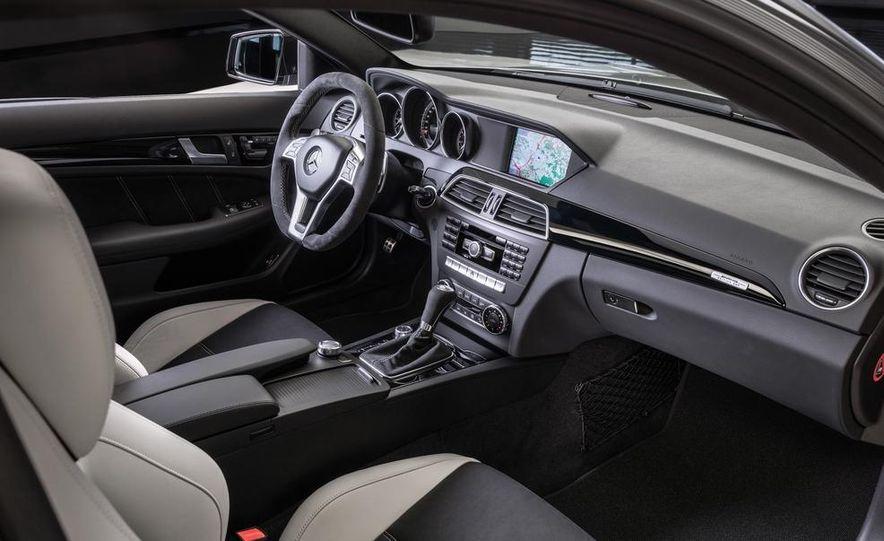 2013 Mercedes-Benz C63 AMG Edition 507 - Slide 13