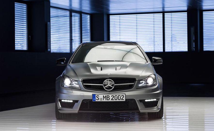 2013 Mercedes-Benz C63 AMG Edition 507 - Slide 5