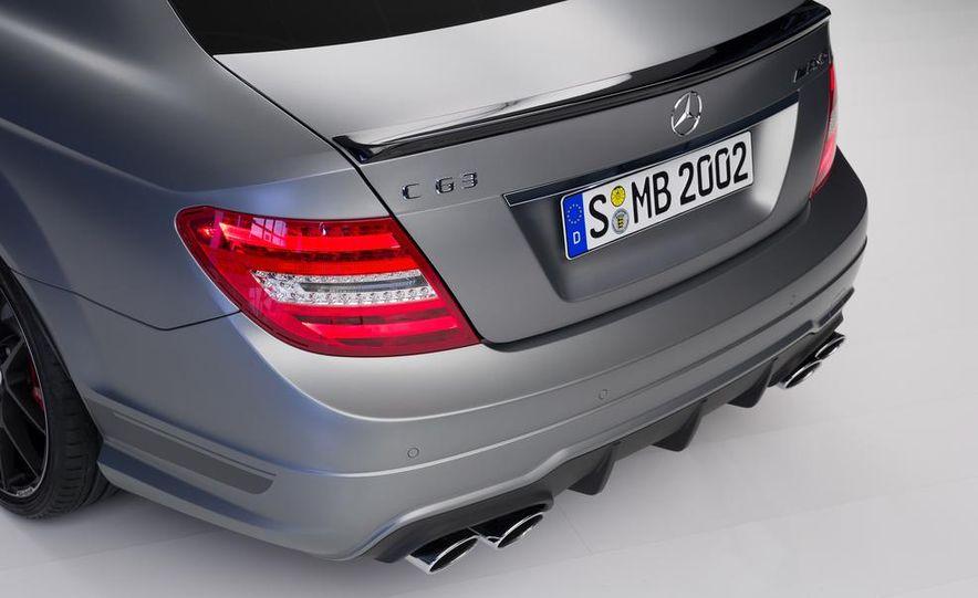 2013 Mercedes-Benz C63 AMG Edition 507 - Slide 9