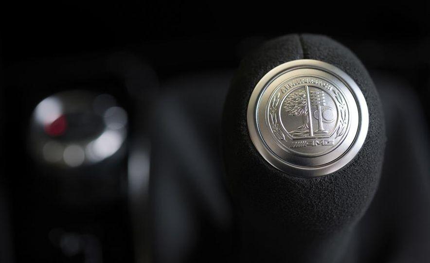 2013 Mercedes-Benz C63 AMG Edition 507 - Slide 19