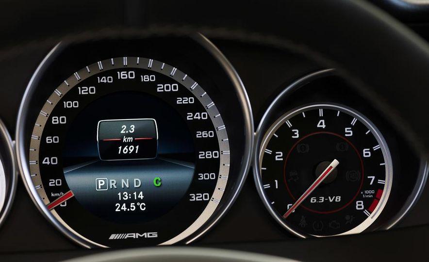 2013 Mercedes-Benz C63 AMG Edition 507 - Slide 17