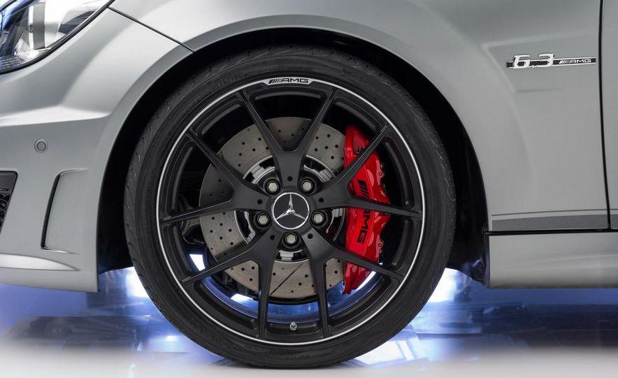 2013 Mercedes-Benz C63 AMG Edition 507 - Slide 8