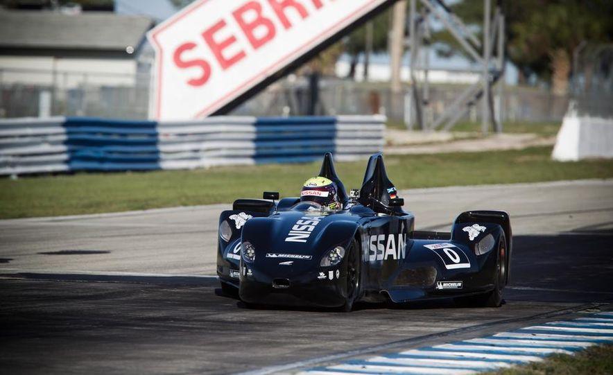 DeltaWing race car - Slide 2