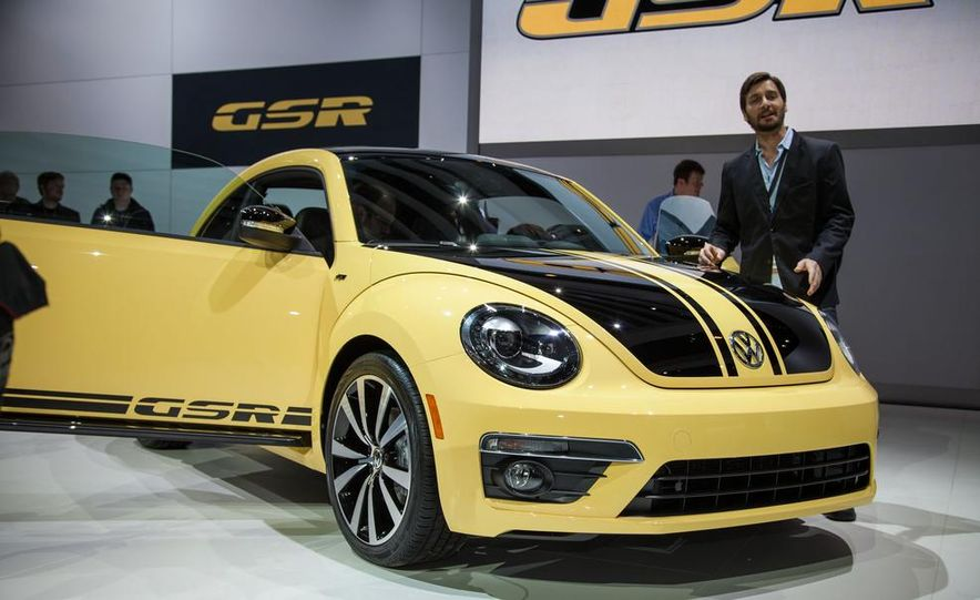 2014 Volkswagen Beetle GSR - Slide 1