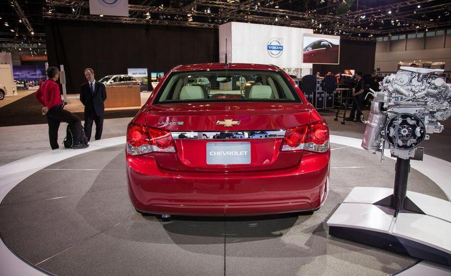 2014 Chevrolet Cruze Diesel - Slide 3
