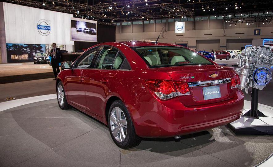 2014 Chevrolet Cruze Diesel - Slide 4
