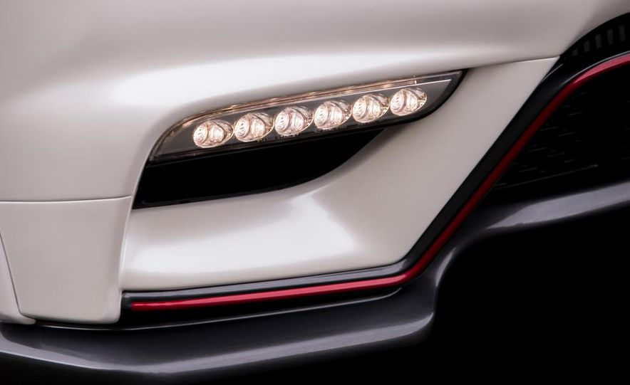 2013 Nissan Juke NISMO - Slide 15