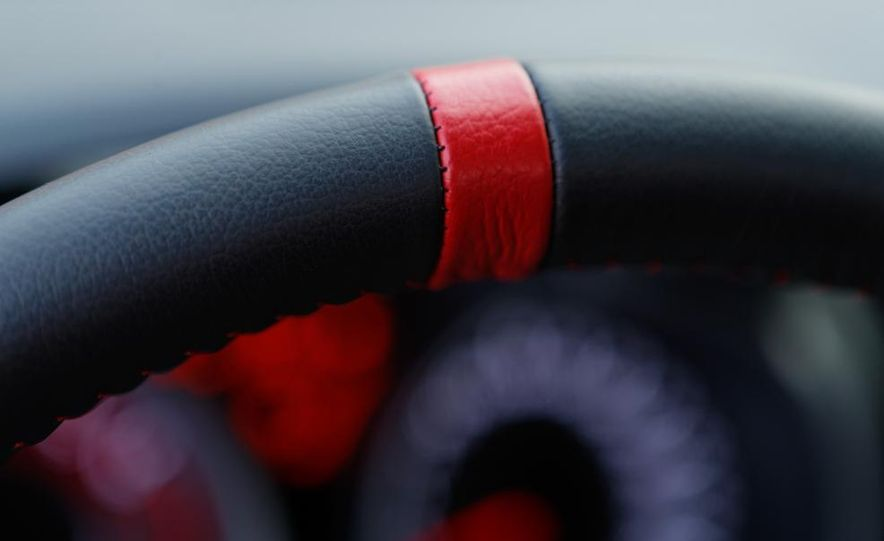2013 Nissan Juke NISMO - Slide 19