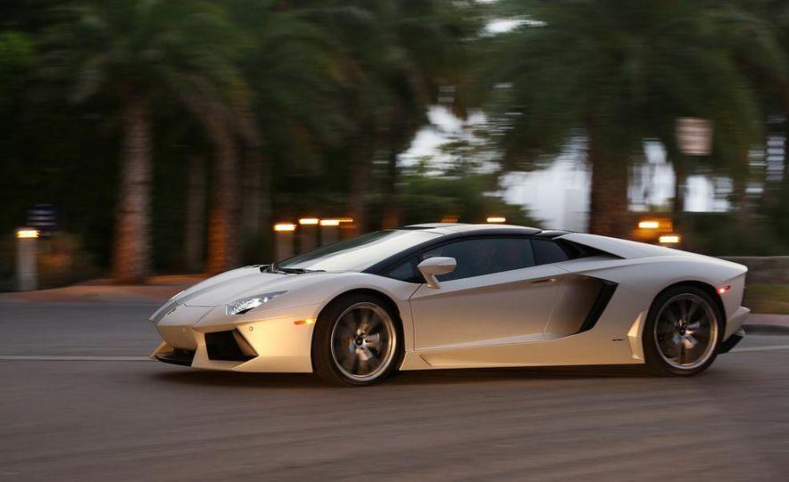 2013 Lamborghini Aventador LP700-4 Roadster - Slide 9