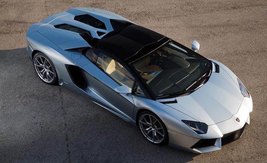 2013 Lamborghini Aventador LP700-4 Roadster - Slide 33