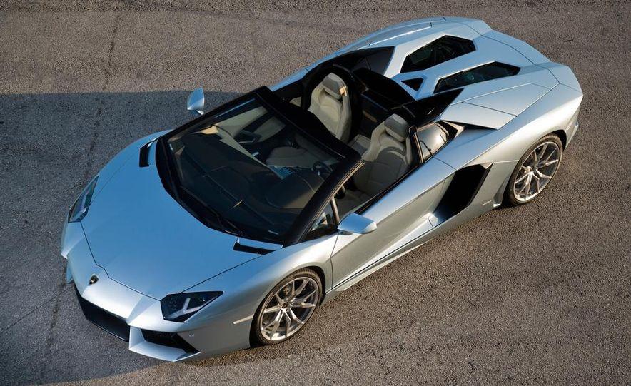 2013 Lamborghini Aventador LP700-4 Roadster - Slide 34