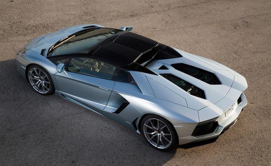 2013 Lamborghini Aventador LP700-4 Roadster - Slide 35