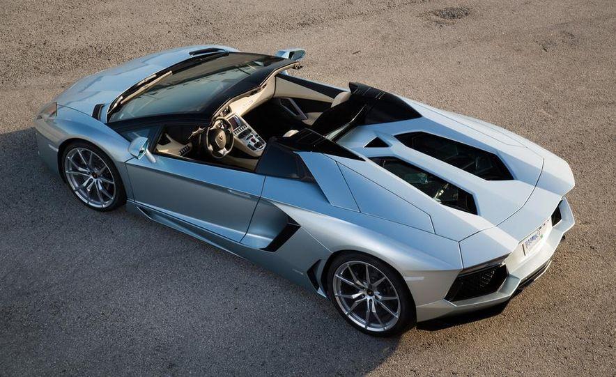 2013 Lamborghini Aventador LP700-4 Roadster - Slide 36
