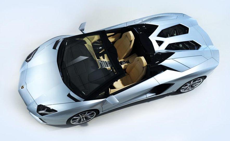 2013 Lamborghini Aventador LP700-4 Roadster - Slide 42