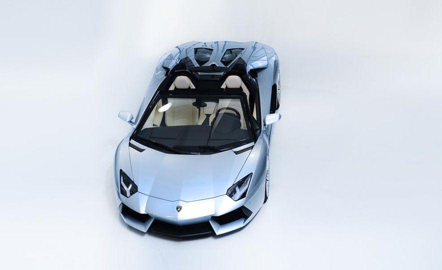 2013 Lamborghini Aventador LP700-4 Roadster - Slide 43