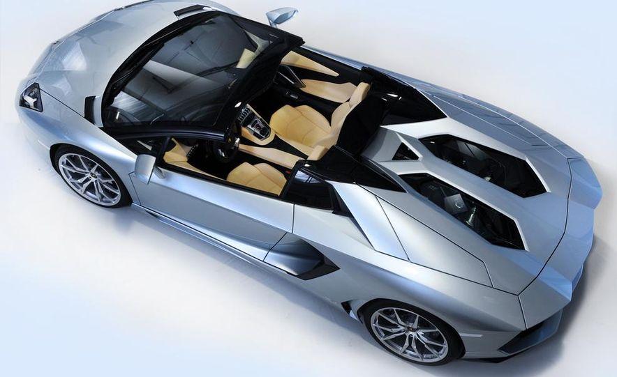 2013 Lamborghini Aventador LP700-4 Roadster - Slide 44