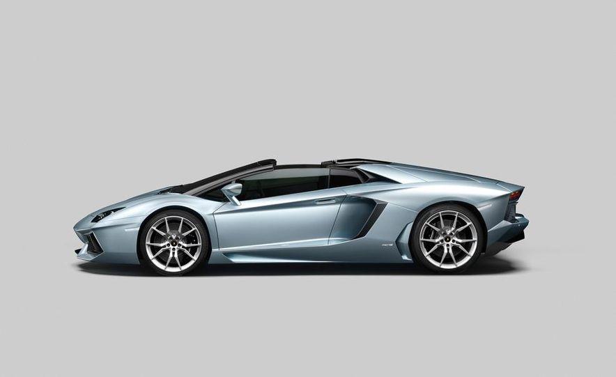 2013 Lamborghini Aventador LP700-4 Roadster - Slide 55