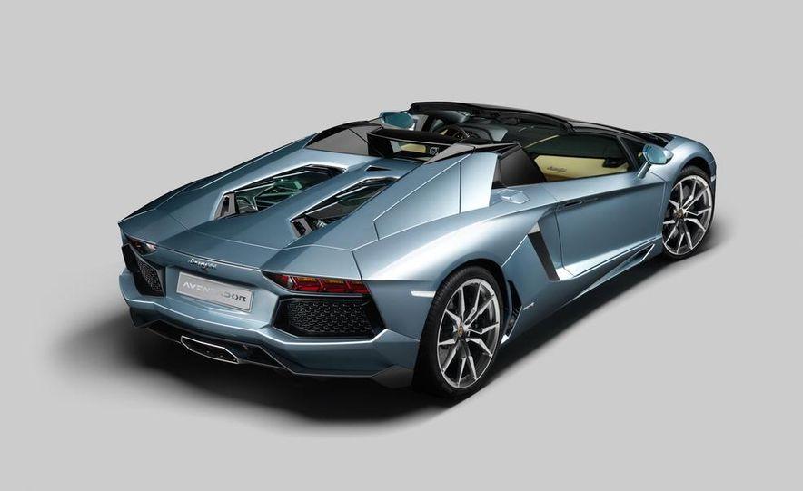 2013 Lamborghini Aventador LP700-4 Roadster - Slide 57