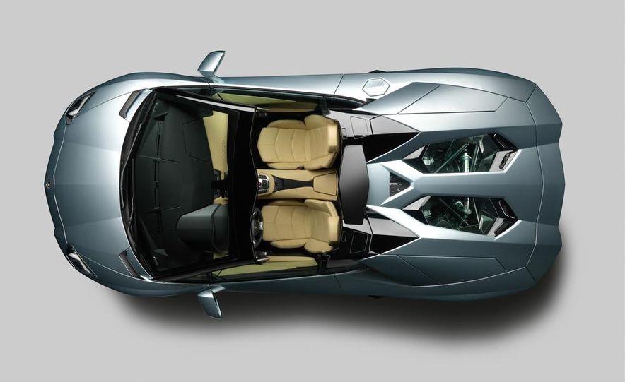 2013 Lamborghini Aventador LP700-4 Roadster - Slide 58