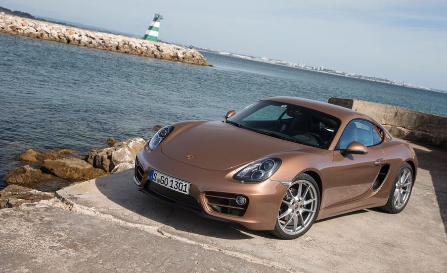 2014 Porsche Cayman S and Cayman - Slide 26