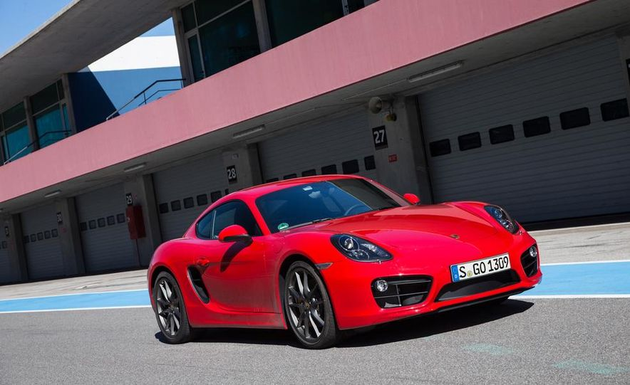 2014 Porsche Cayman S and Cayman - Slide 33