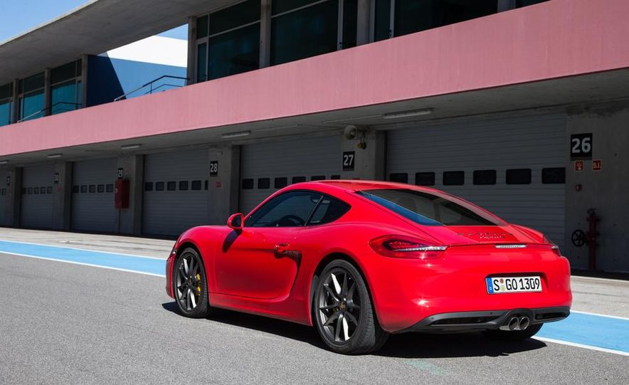 2014 Porsche Cayman S and Cayman - Slide 34