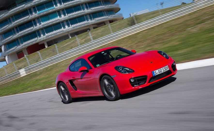 2014 Porsche Cayman S and Cayman - Slide 35