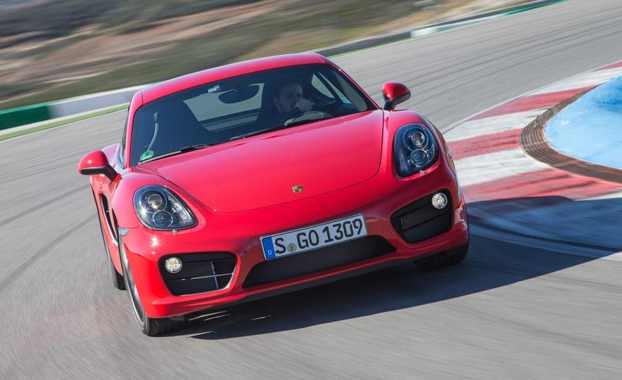 2014 Porsche Cayman S and Cayman - Slide 43