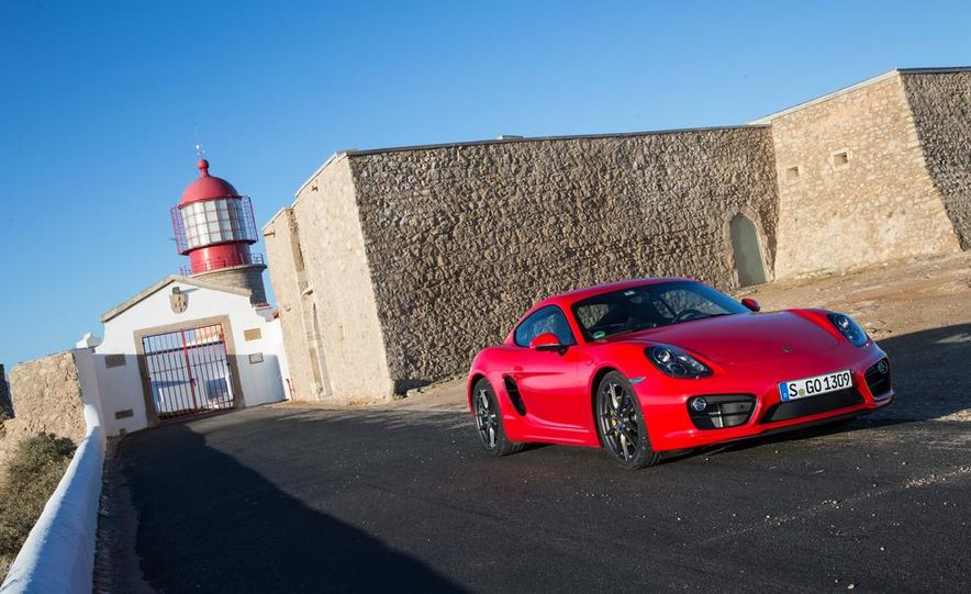 2014 Porsche Cayman S and Cayman - Slide 65