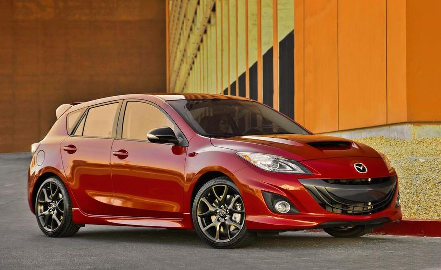 2015 Mazda 3 5-door (spy photo) - Slide 15