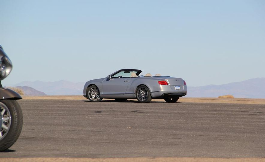 2014 Bentley Continental GT Speed W12 convertible - Slide 39
