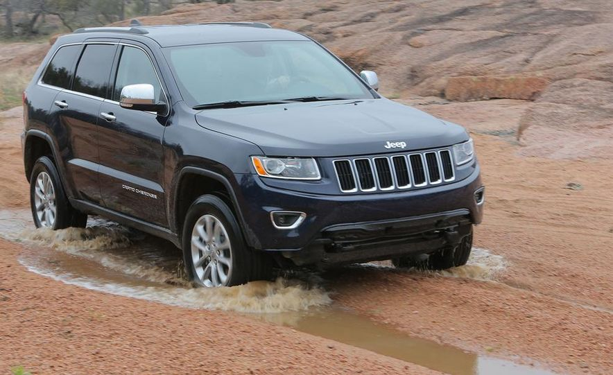2014 Jeep Grand Cherokee Overland - Slide 17