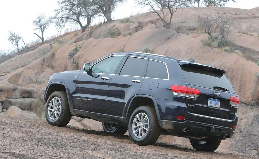 2014 Jeep Grand Cherokee Overland - Slide 20